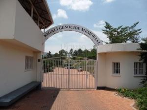6 Days Rwanda Uganda Gorilla trackingSafari